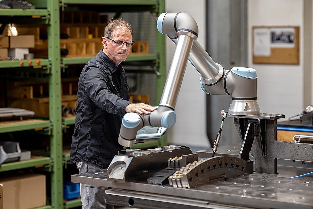 Automation durch geschickt programmierte Roboter